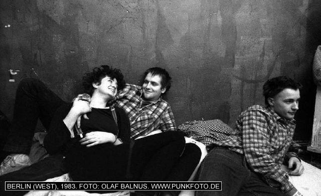 m_punk_photo_olaf-balnus_1983_607