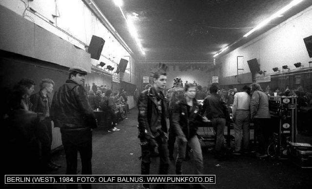 m_punk_photo_olaf-balnus_1984_1053