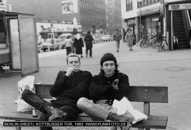 m_punk_photo_unknown_1983_11839