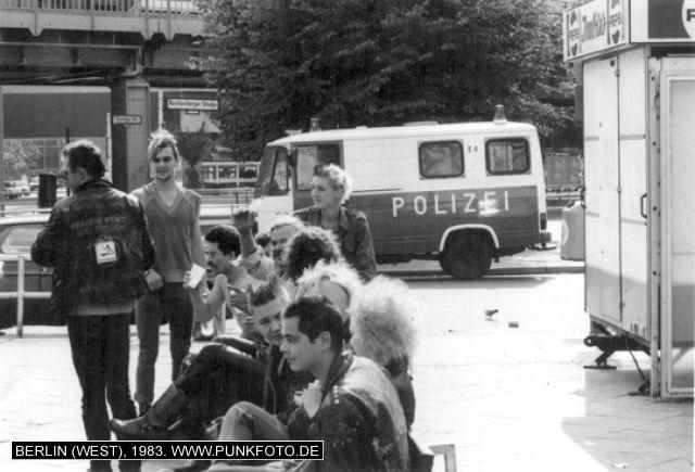 m_punk_photo_unknown_1983_613