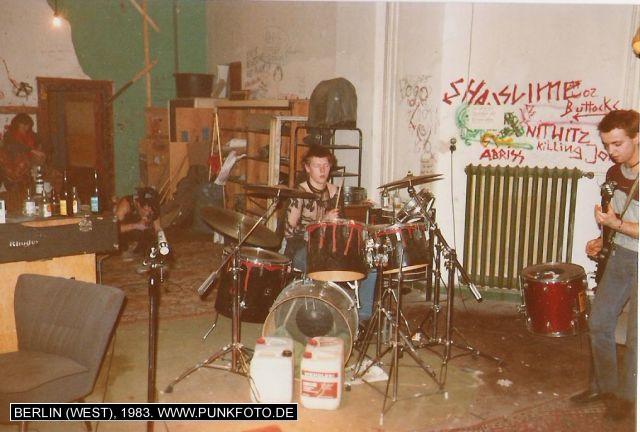 m_punk_photo_unknown_1983_6185