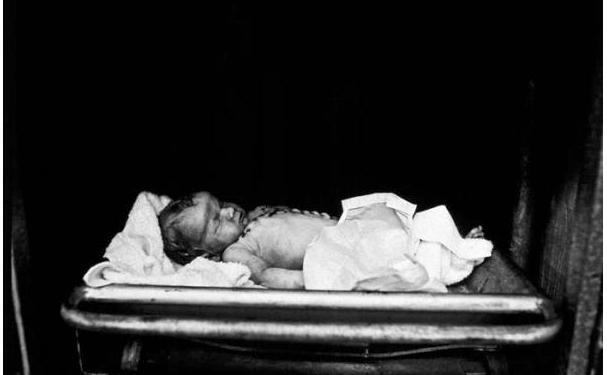 Crib Death, 1972-1974