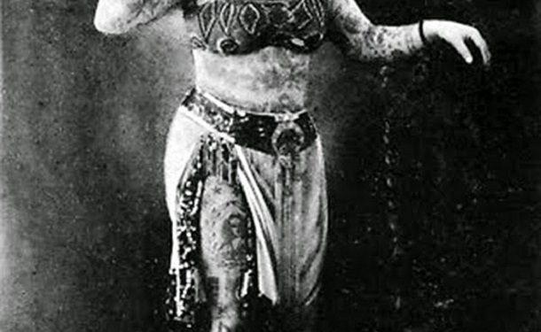 vintage-photos-women-with-tattoos-8